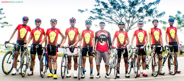Atlet Sepeda DKI Jakarta dan pelatih.